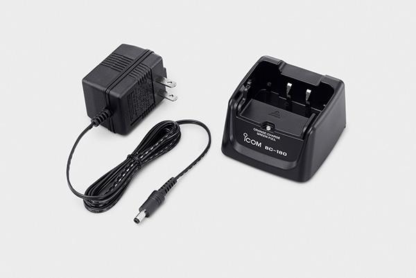 1口タイプ充電器(ACアダプター付属)