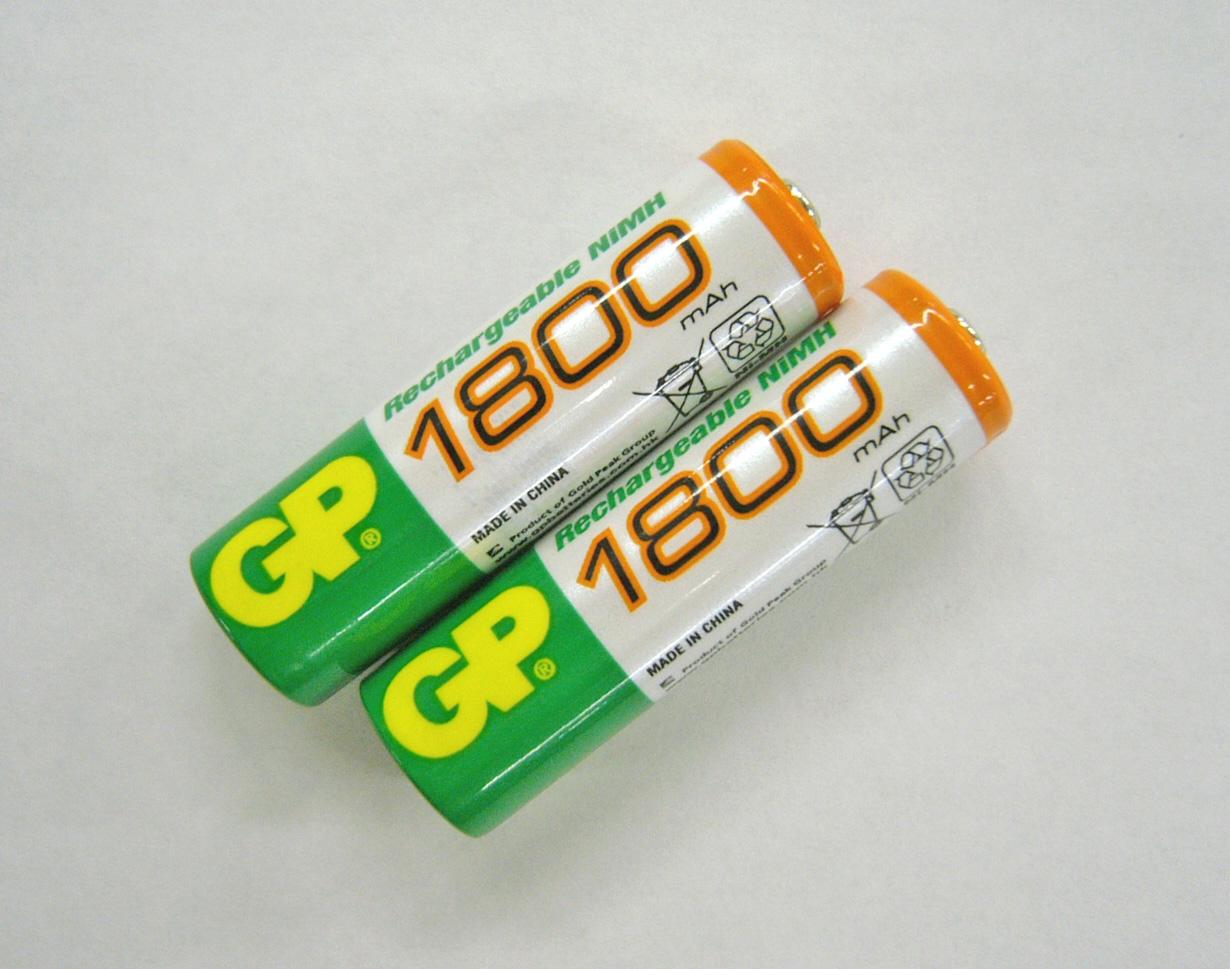 ニッケル水素充電池(1800mAh×2)